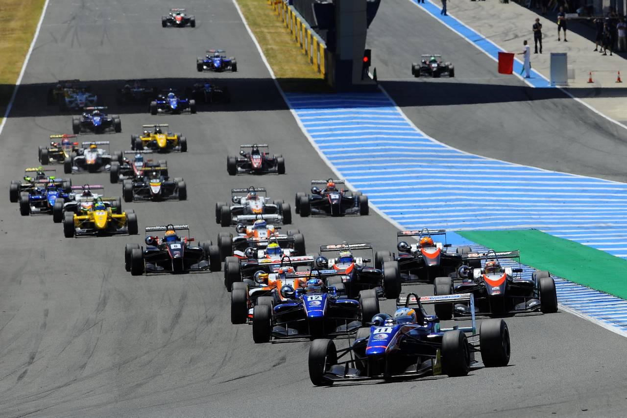 Ed Jones F3 open Jerez-11