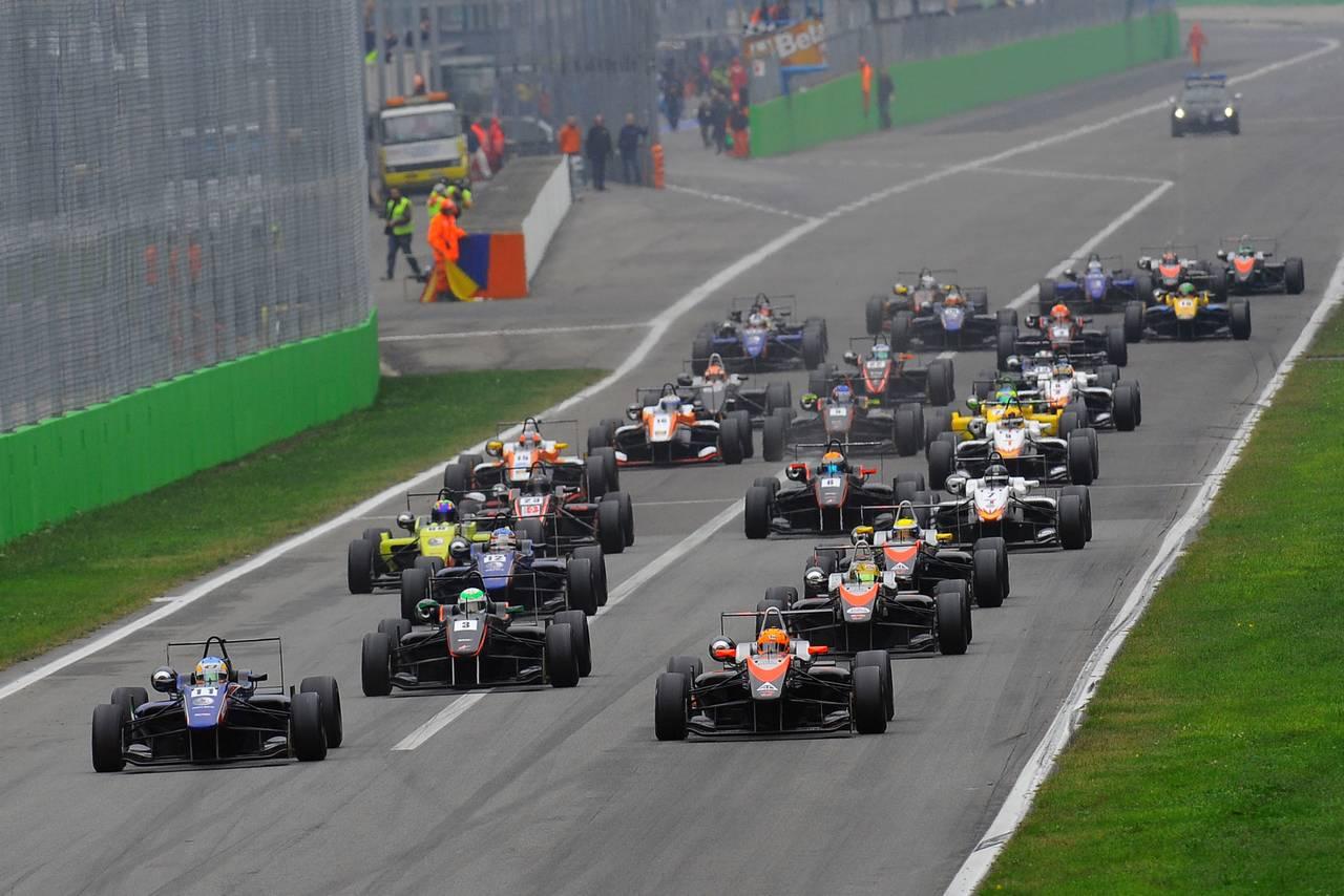 Ed Jones F3 open Monza-07