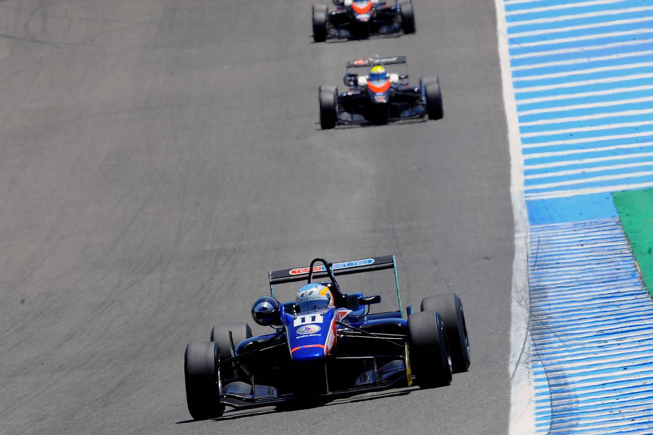Ed Jones F3 open Jerez-05