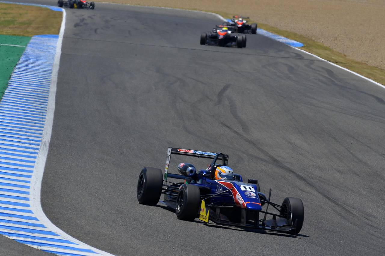 Ed Jones F3 open Jerez-07
