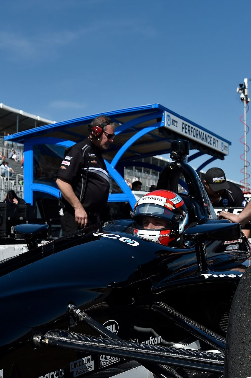 Ed Jones Indycar ST PETERSBURG 2019 042