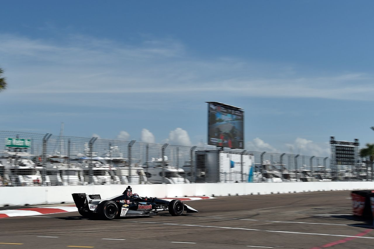 Ed Jones Indycar ST PETERSBURG 2019 044