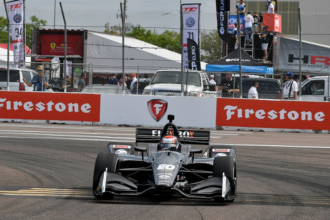 Ed Jones Indycar ST PETERSBURG 2019 056