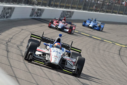 Jones thwarted by oversteer on tough day in Iowa